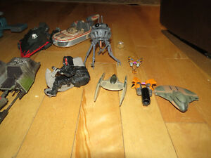 LOT OF STAR WARS SHIPS AND VEHICLES FOR SALE Peterborough Peterborough Area image 4