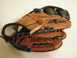 "Wilson A360 ""T"" Ball 10 inch Baseball Gloves"