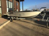 2013 Lowe Boats V1467 Utility V Boat With Suzuki 15HP Motor USED