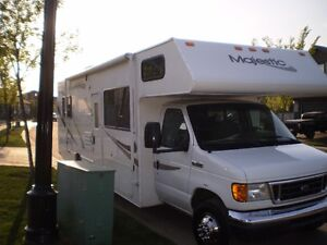 2008 FOUR WINDS MAJESTIC 30 FOOT