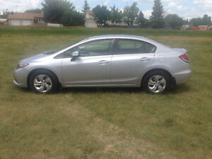 2013 Honda Civic LX Sedan $13,900