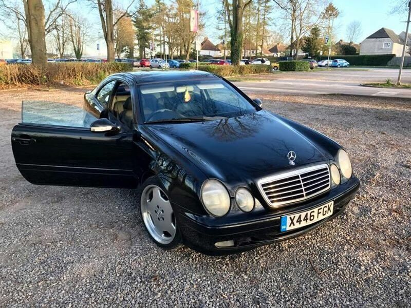 mercedes clk 200 kompressor 2000 auto in marden kent gumtree. Black Bedroom Furniture Sets. Home Design Ideas