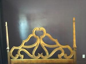 Tête de lit Queen/ bois sculpté/style baroque