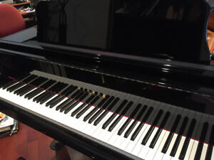 Yamaha Baby Grand Piano for sale