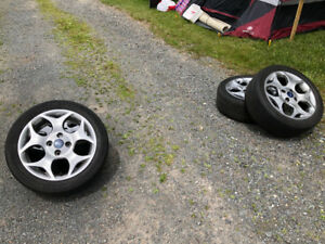 Summer tires on alloy rims for sale