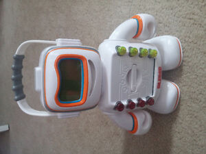 Playskool Alphie the robot complete with cards