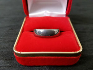 Men's Size 9 Tungsten Ring