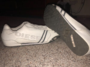 Brand new never worn Diesel Solar on sz13 shoes