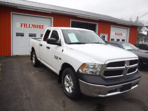 2016 Dodge Ram SLT 4 door 4x4