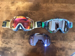 Smith I/O and Spy Dop goggles in excellent condition barely used