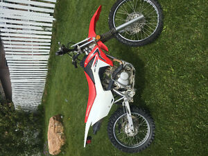 Excellent Condition Crf125f