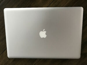 "17"" Apple MacBook Pro (Late 2011) - $1100 (Langley)"