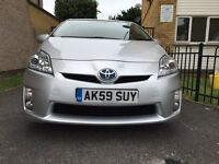 TOYOTA PRIUS T-SPIRIT WITH SUNROOF FDSH