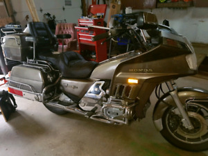 1986 Honda GoldWing Interstate Gl1200 for parts