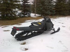 "Skidoo Summit X Etec 800-163"" Track Low Km's"