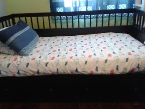 IKEA Hemnes Bed - Single Bed with Trundle Drawers