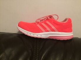 Adidas running trainers size 8