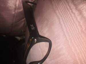 Ray-Ban  Frames ( Authetic ) **Great condition **