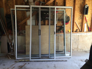 Sliding patio door/frame