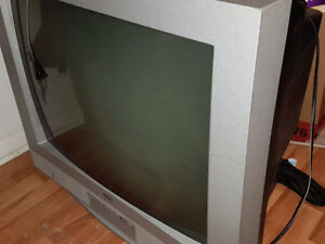 FREE TV Pick Up Only
