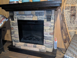 Fireplace Mantle & Hearth (frame only)
