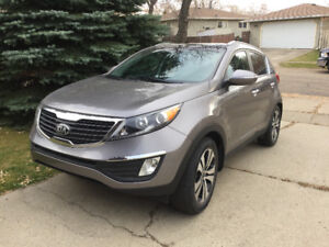SOLD! Immaculate 2013 Kia Sportage EX