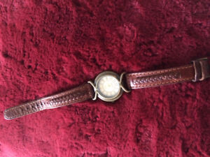 "Ladies casual watch ""Carriage""  - genuine leather strap"