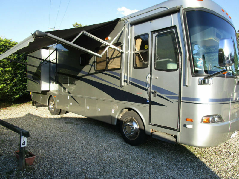 2006 Monaco Cayman 8 Berth Automatic 5900 Cummins Diesel Engine RV For Sale