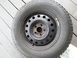 4 pneus d'hiver Champiro Ice pro suv Gt radial 215/70 R16