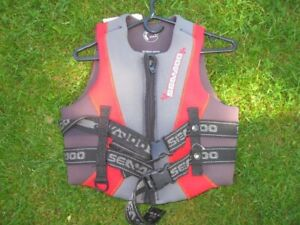 Sea Doo Life Jacket (PFD) Women's Medium Chest 84-91cm