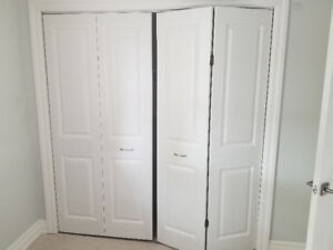 Bi fold doors and lamp for sale. Moving sale must go