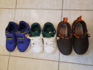 Child shoes $15  for 3pairs