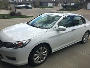 2014 Honda Accord Touring Sedan - Carproof available