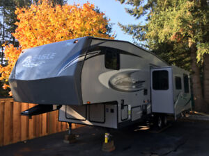 2012 Jayco 27.5 BHS Eagle Super LT Fifth Wheel - Bunkhouse