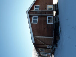 cedar log home for sale to be moved.