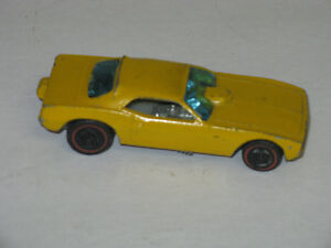 1969 HOT WHEELS RED LINE FUNNY CAR YELLOW