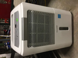 Like new forest air 39 pint dehumidifier!