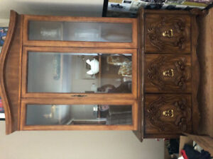 Glass wear cabinetry very nicely decorated