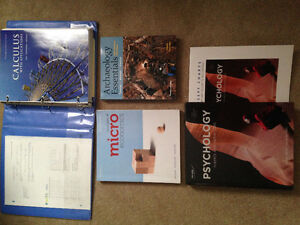 Assorted Textbooks Cambridge Kitchener Area image 1