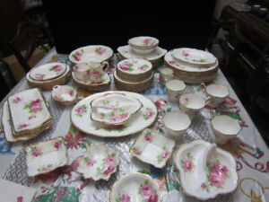 Royal Albert AMERICAN BEAUTY china