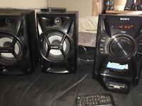 Sony Sound System with IPod/ IPhone dock