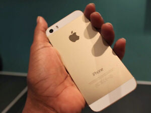 iPhone 5s 16gb (gold and white)