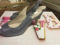 Size 4 silver glitter bridesmaid occasion wedding prom party shoes/sandals