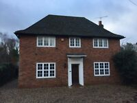 3 bedroom house in Bath Road, Maidenhead, Buckinghamshire, SL6