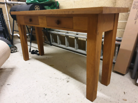 Solid Oakwood Table with x2 draws
