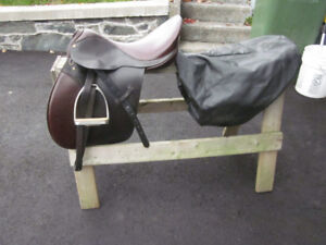Barclay English Saddle, Bridle, Blankets and Tack   Package