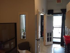 CMMERCIAL / OFFICE SPACE FOR RENT 1000 SF+(1000sf in the basemen West Island Greater Montréal image 8