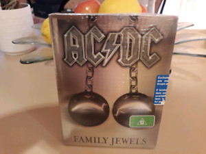 AC/DC FAMILY JEWELS dvd.  2 discs New & unopened. PU Sorrento. Sorrento Joondalup Area Preview