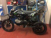 Stomp 125cc pitbike minibike scrambler motocross