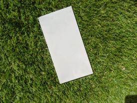 Ceramic tiles (rectangular / white)